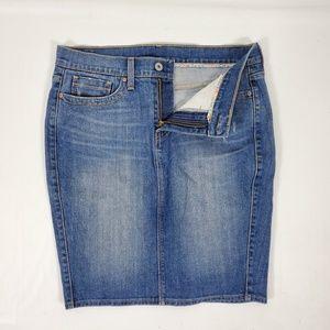 Levi's denim Jean pencil skirt new 32x20
